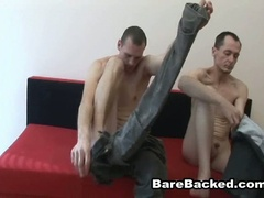Bareback homo paramours hardcore anal fucking sofa adventure