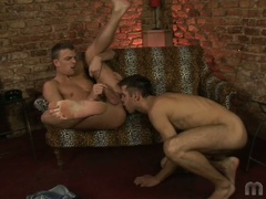 2 homosexual chaps do some ass licking and fingering