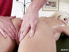 Look at this sexy blonde undressing to acquire a massage. Look at her big tits, her sexy tattoed body and her taut pussy. This babe acquires oiled while this babe sits on a table. His hands on her sexy a-hole makes her horny, and this chap begins massaging her long legs. Is this babe going to acquire some jock inside her taut pussy?
