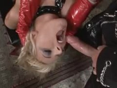 Kinky latex 3some with fantastic doxies
